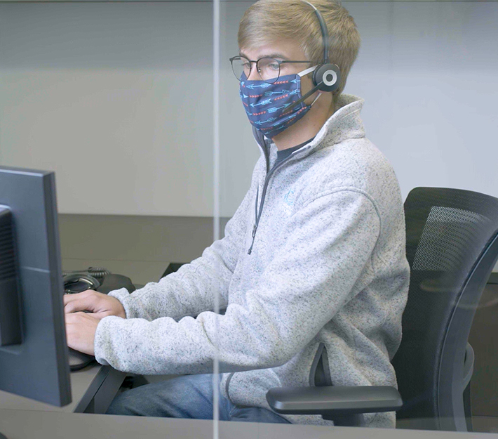 Financial Services Representative wearing a mask.